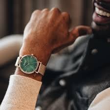 """BENSON Luxury Watch"""