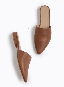 """Women's flat shoes: Mules"""