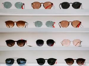 """Polarized Sunglasses store"""